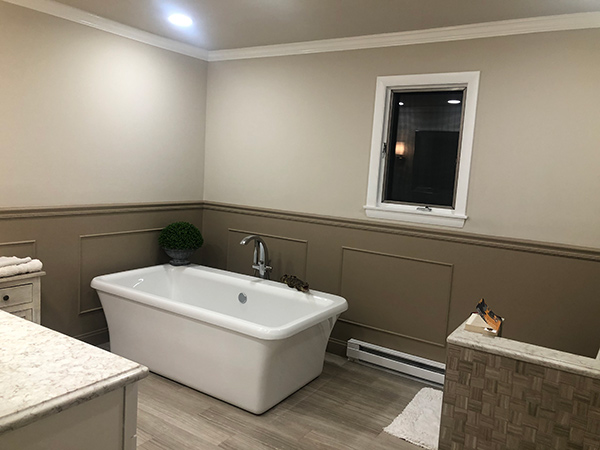 Modern Bathtub Installation